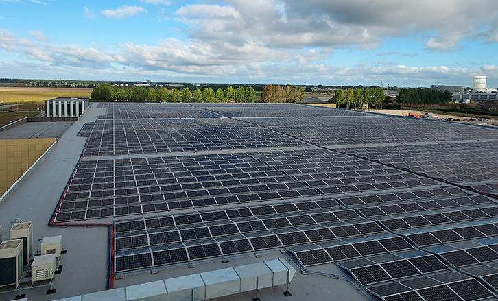 Luchthaven Schiphol-Industrie-MR Solar-Zonnepanelen-